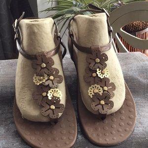 Orthaheel woman's size 9.5- 10 sandal